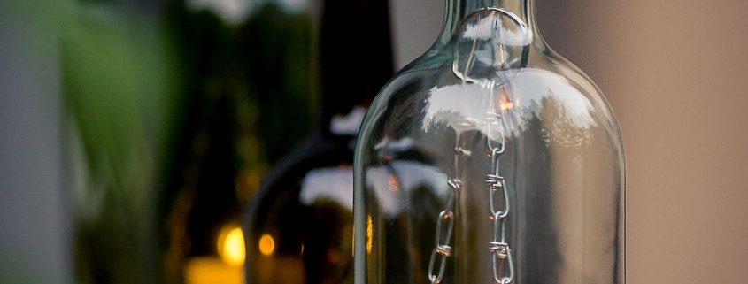 stimmungvolle und gemütliche Ambientelampen aus einer Flasche die Teeelicht