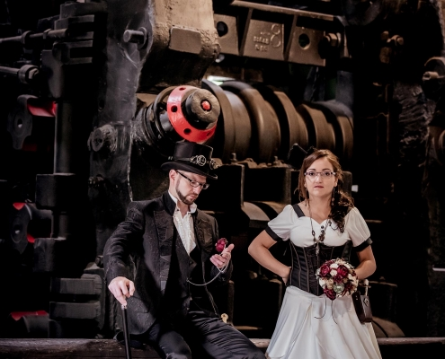 Steampunk After Wedding Shooting Tobiashammer in Ohrdruf