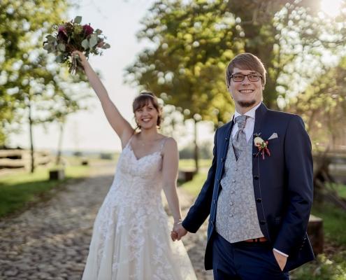 Freude pur beim Brautpaar