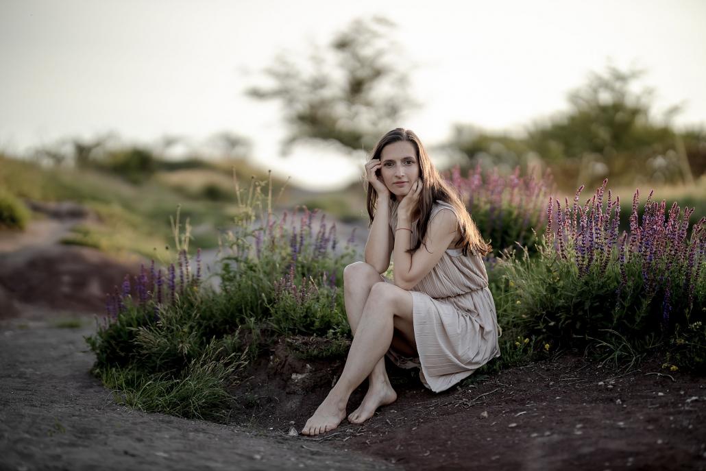 Beauty Portrait auf der Schwellenburg bei Erfurt Canon EOSR und RF 85mm f/1.2L USM